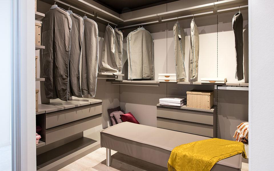 Sydney Wardrobe